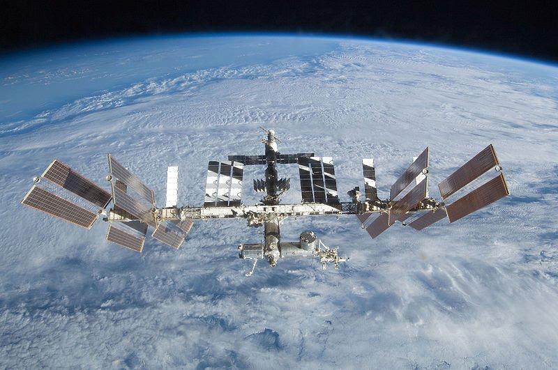 NASA Releases New HighRes Earthrise Image  NASA